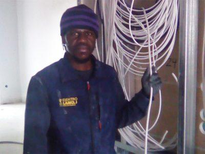 Demba Tounkara bei der Arbeit